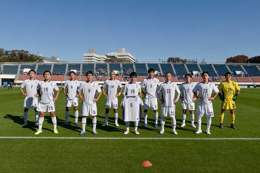 堀越高校サッカー部では部員が試合を分析して発表し合っている【写真:大会公式提供】