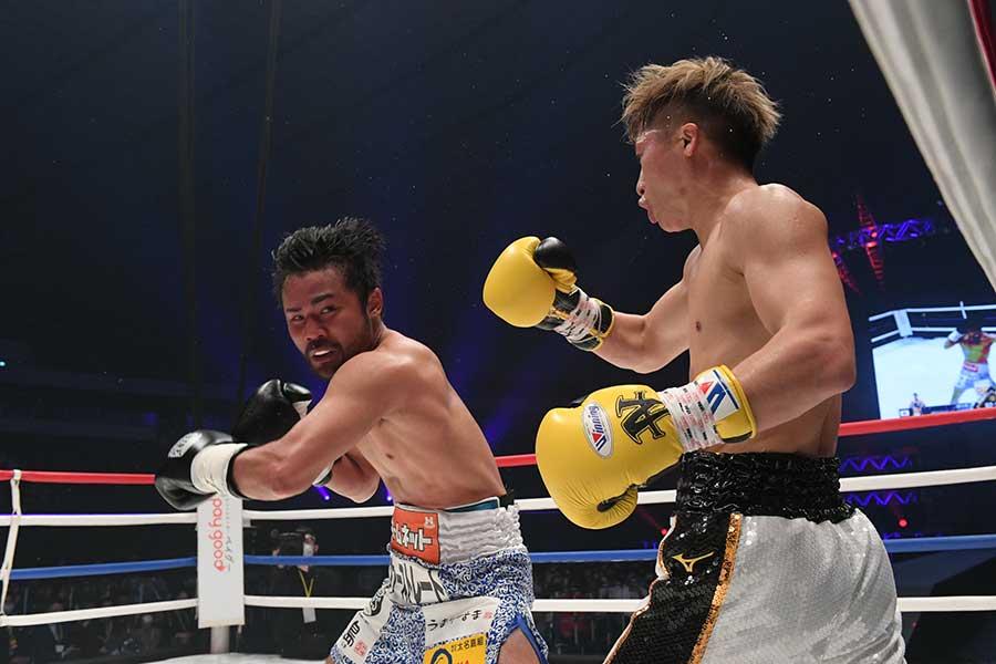 ボクシングチャリティーイベント「LEGEND」に登場した比嘉大吾(左)と井上尚弥【写真提供:LEGEND実行委員会】