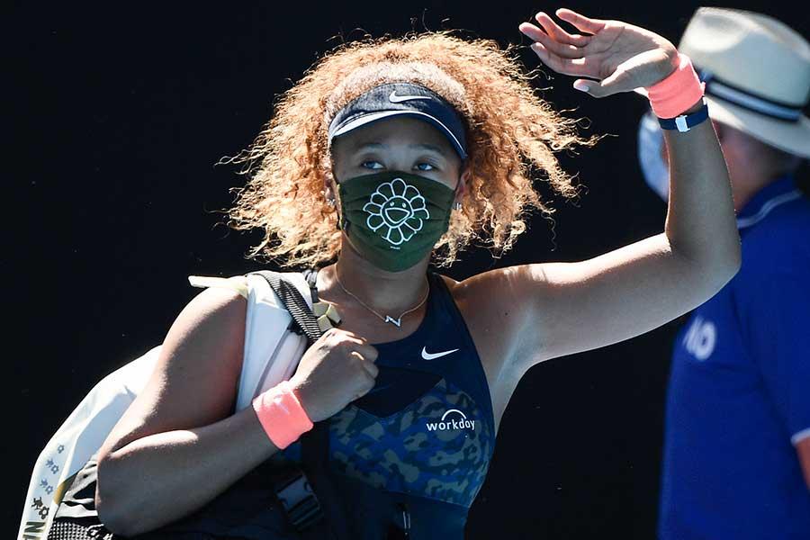 セリーナ・ウィリアムズを破り、決勝進出を決めた大坂なおみ【写真:AP】