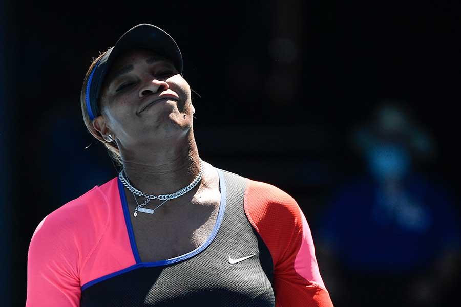準決勝で敗退したセリーナ・ウィリアムズ【写真:AP】