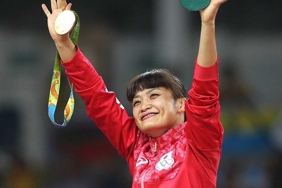 4大会連続で五輪金メダルを獲得した伊調馨【写真:Getty Images】