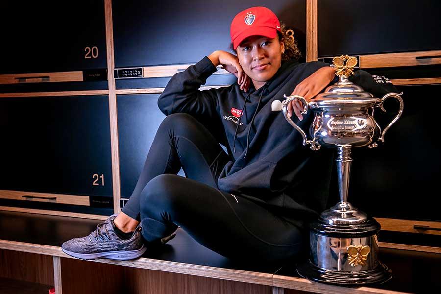 全豪オープンで2年ぶり2度目の優勝を果たした大坂なおみ【写真:AP】