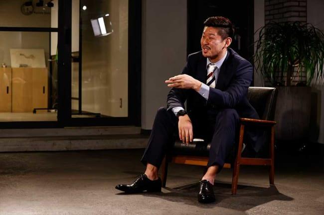 """2人は現役時代の""""神奈川ダービー""""を振り返った【写真:窪田亮】"""