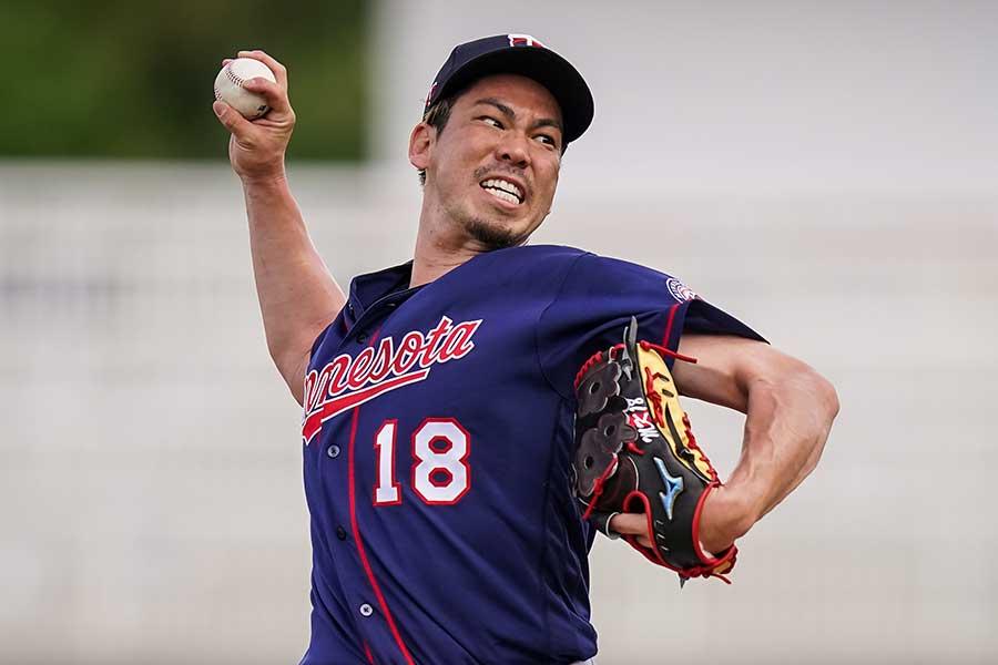 打者を相手に投球した前田健太【写真:Getty Images】