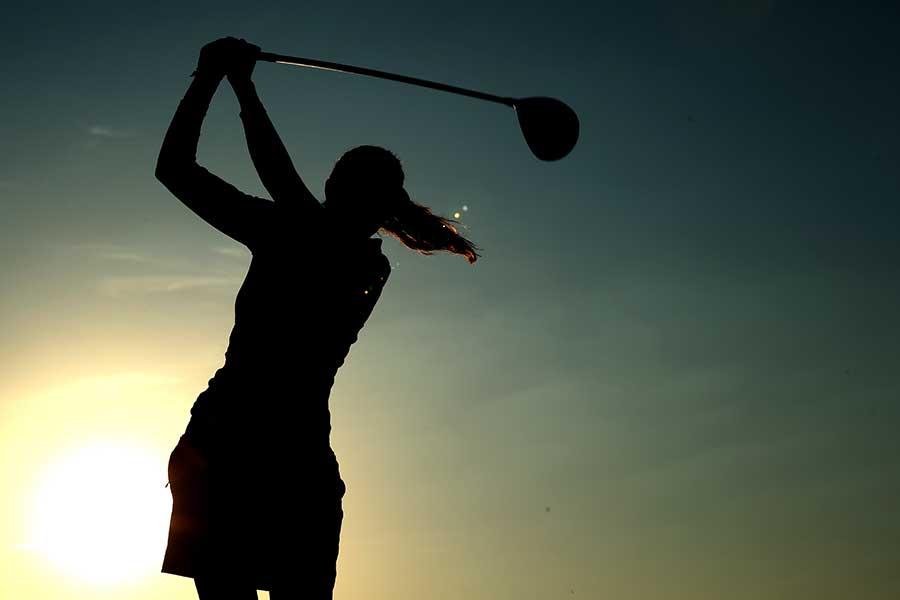 女子プロゴルファーの人気インスタ「ladygo.golf」、投稿された幼少期の画像は誰?(画像はイメージです)