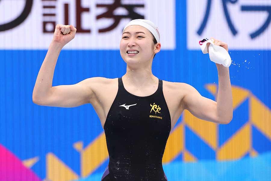 競泳の日本選手権、女子100メートルバタフライ決勝で優勝した池江璃花子【写真:YUTAKA/アフロスポーツ】