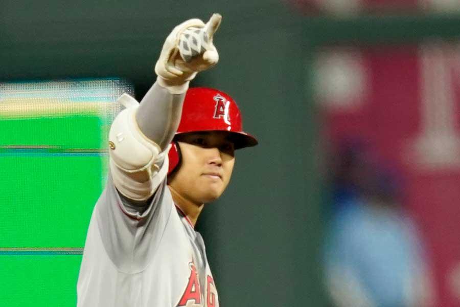第4打席で適時二塁打を放ったエンゼルスの大谷翔平【写真:AP】