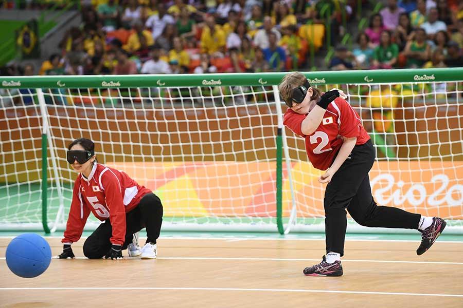 ゴールボール日本代表の浦田理恵(左)と欠端瑛子【写真:Getty Images】