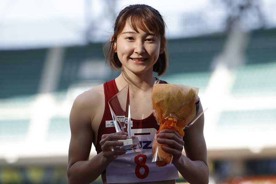静岡国際・女子200メートルで優勝した壹岐あいこ【写真:奥井隆史】