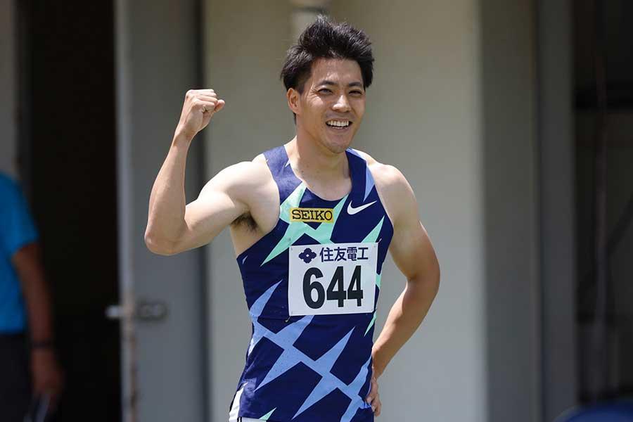 男子100メートル予選に出場し、10秒01(追い風1.7メートル)で東京五輪参加標準記録を突破した山縣亮太【写真:奥井隆史】
