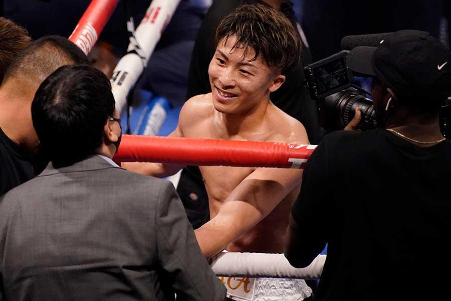 WBAスーパー&IBF世界バンタム級タイトルマッチ、井上尚弥はマイケル・ダスマリナスに3回TKO勝ちした【写真:AP】