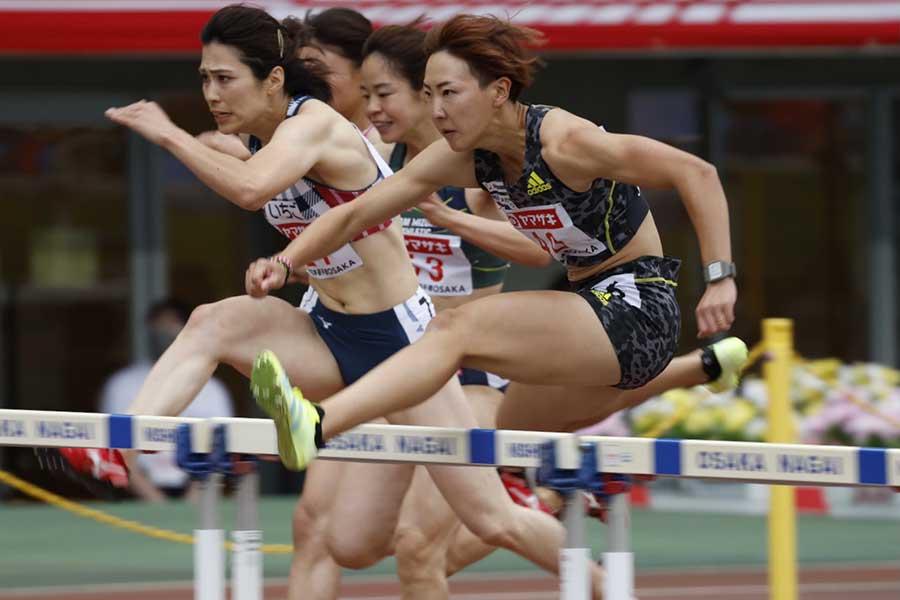 陸上・日本選手権、女子100メートル障害で優勝した寺田明日香【写真:奥井隆史】