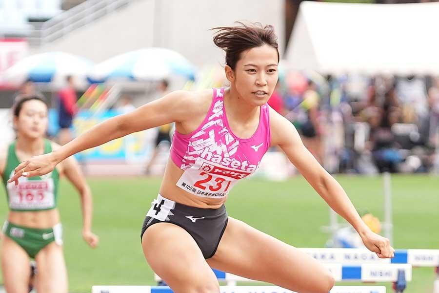 女子400メートル障害決勝では57秒83で2位だった宇都宮絵莉【写真:編集部】
