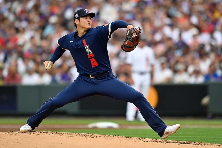 オールスターゲームに先発し、力強いボールを投げ込むエンゼルスの大谷翔平【写真:Getty Images】