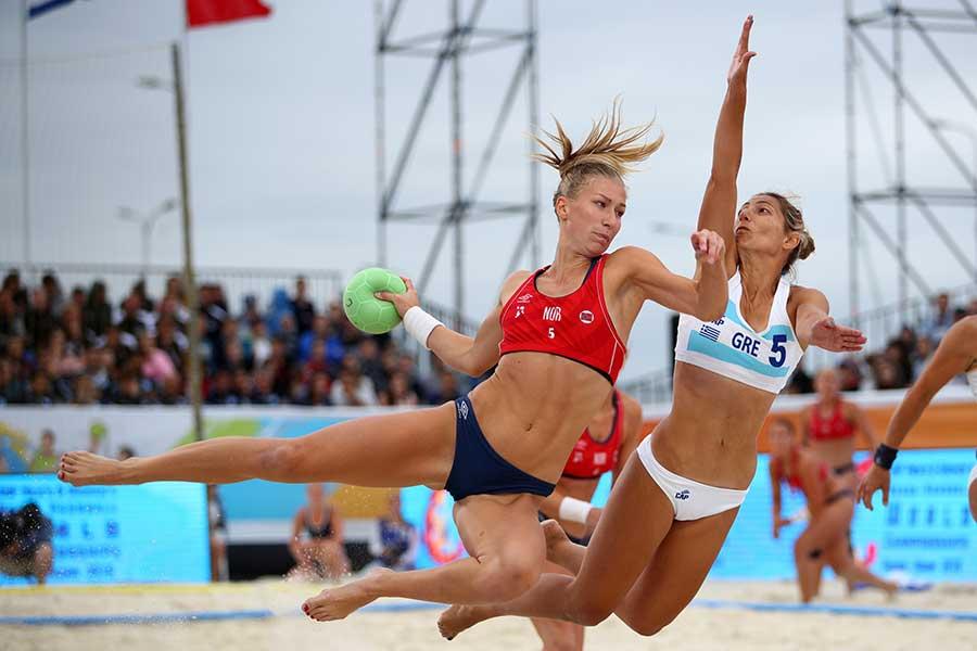ノルウェーのビーチハンドボールチーム(撮影は2018年)【写真:Getty Images】