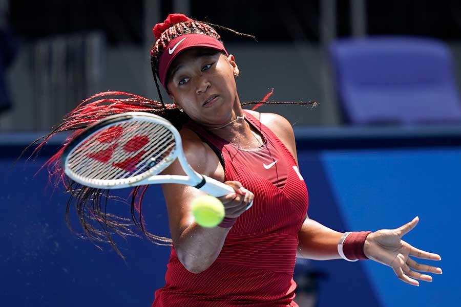 テニスの女子シングルス1回戦でストレート勝ちした大坂なおみ【写真:AP】