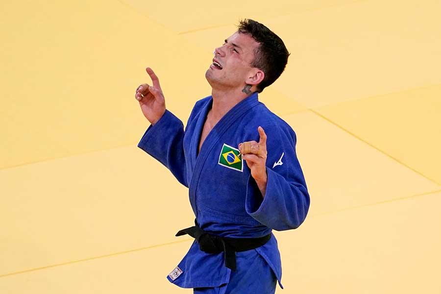 柔道男子66キロ級で銅メダルを獲得したブラジルのダニエル・カルグニン【写真:AP】