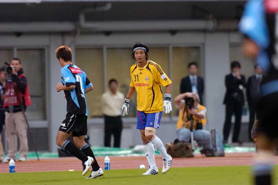 2007年ナビスコ杯準決勝、味方の退場でGKとして出場した松田直樹さん【写真:草野裕司】