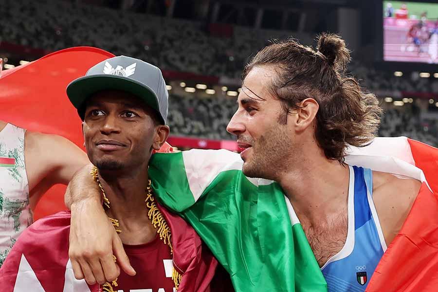 ダブル金メダルを喜ぶムタズエサ・バルシム(左)とジャンマルコ・タンベリ【写真:Getty Images】