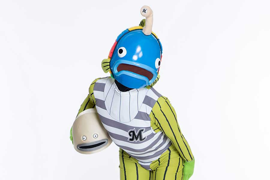 ロッテの公式キャラ「謎の魚」【写真:球団提供】