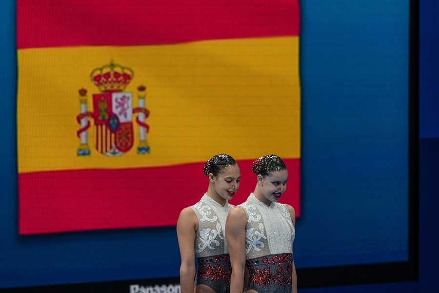 アーティスティックスイミングのスペイン代表と太田雄貴氏の交流が話題を呼んでいる【写真:Getty Images】