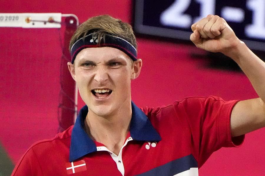 バドミントン男子シングルス金メダルのアクセルセンがボランティアに感謝のメッセージ【写真:AP】