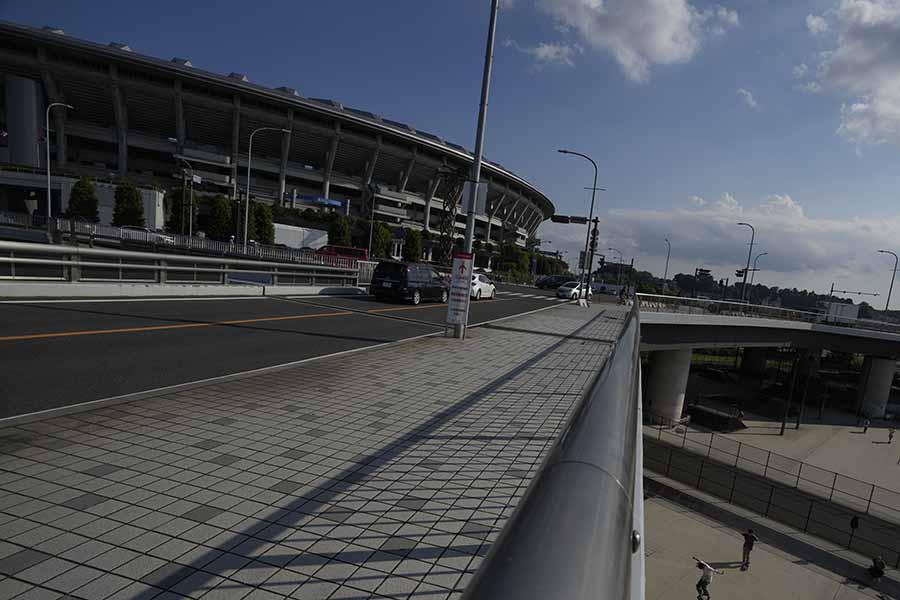 海外記者が横浜国際総合競技場の美しい夜景を投稿している【写真:AP】