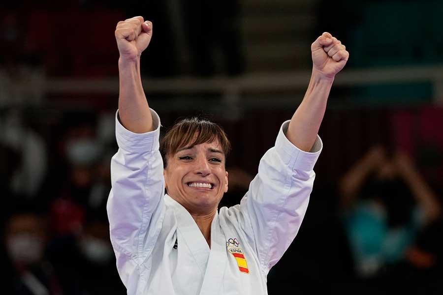 金メダルを獲得し歓喜するサンチェス【写真:AP】