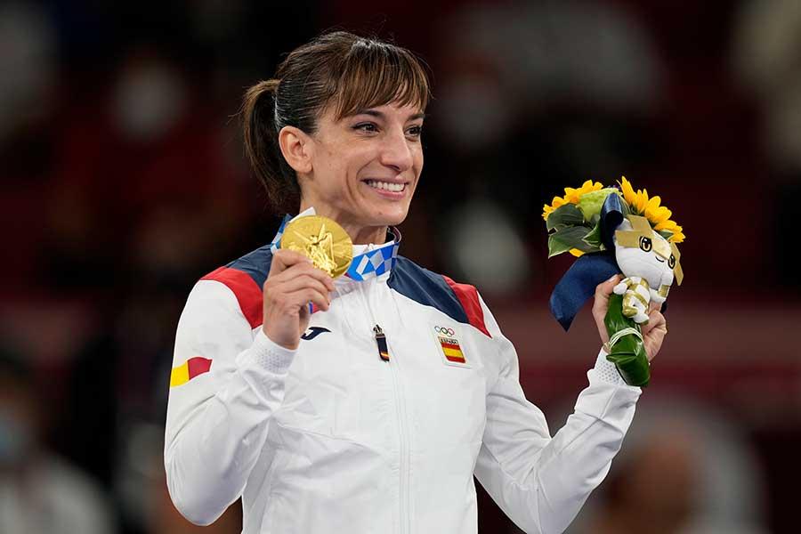 空手の女子形で金メダルを獲得したサンドラ・サンチェス【写真:AP】