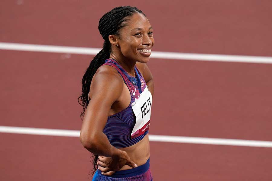 陸上女子400mで銅メダル、4×400mリレーで金メダルを獲得したアリソン・フェリックス【写真:AP】