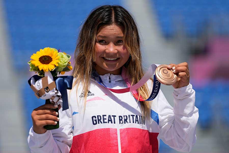 スケートボード・女子パークで銅メダルを獲得したスカイ・ブラウン【写真:AP】