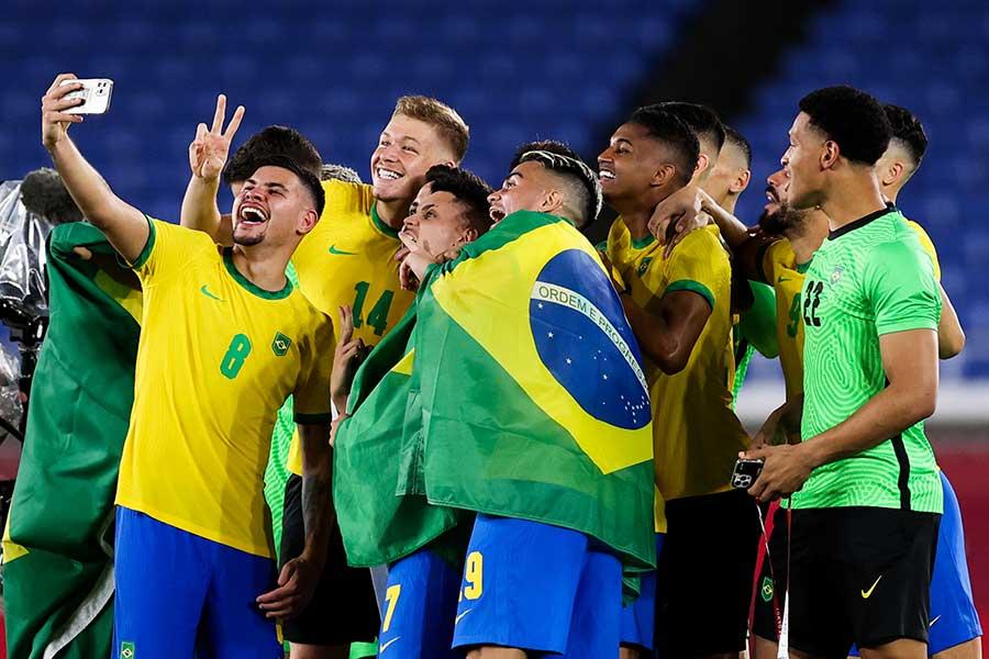 金メダルを獲得したサッカー男子ブラジル代表【写真:Getty Images】