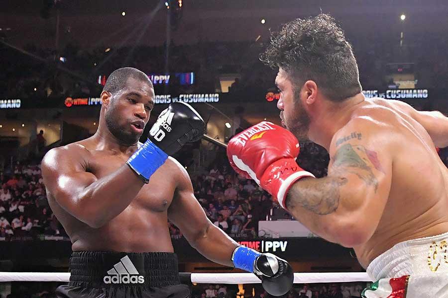 初回TKO勝ちしたダニエル・デュボア【写真:Getty Images】