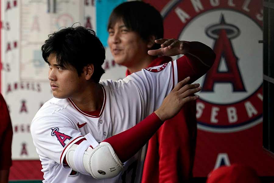 レンジャーズ戦に「2番・指名打者」で先発出場したエンゼルスの大谷翔平【写真:AP】