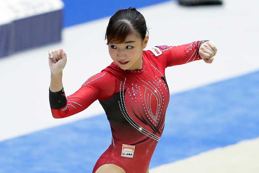 体操女子の寺本明日香【写真:Getty Images】