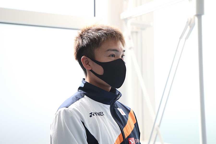 日本代表チームの新主将を務める桃田【写真:平野貴也】