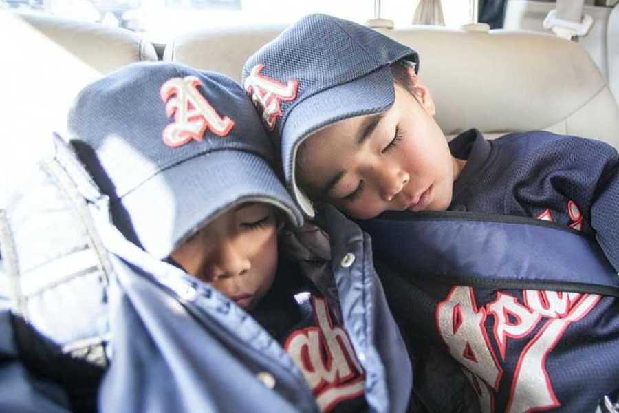 スポーツ指導者が知っておくべき、睡眠とパフォーマンスの関係性とは