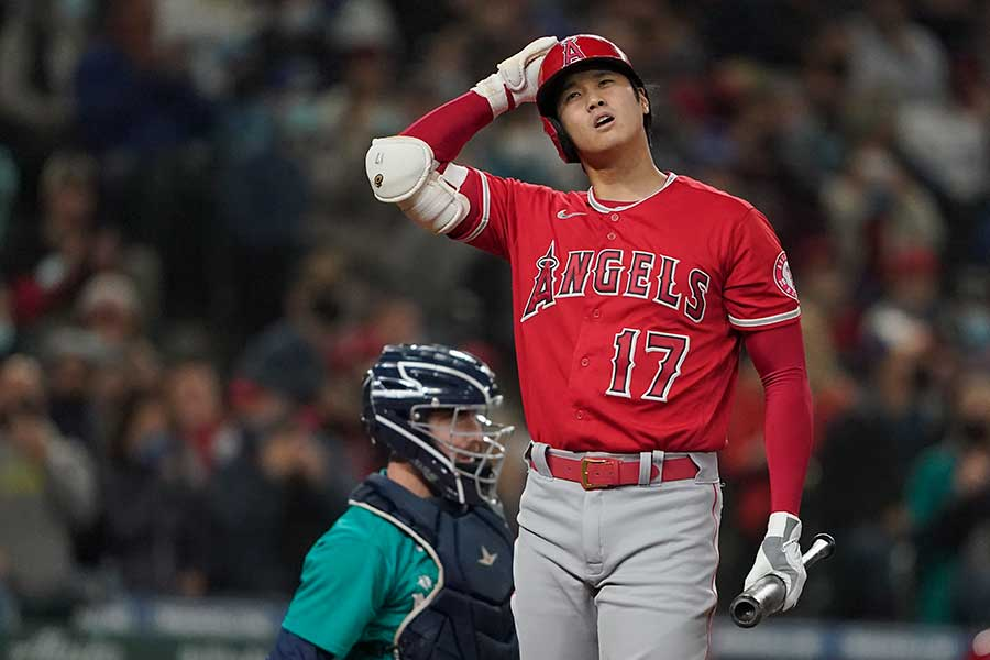 マリナーズ戦に「2番・指名打者」で先発出場したエンゼルスの大谷翔平【写真:AP】