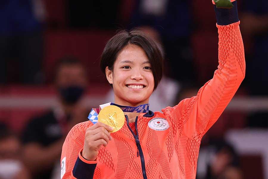 東京五輪では金メダルを獲得した阿部詩【写真:Getty Images】